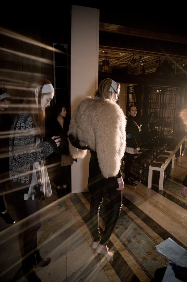 GGB2011_04MAY_Fashion_BodyAmr_Legs_03