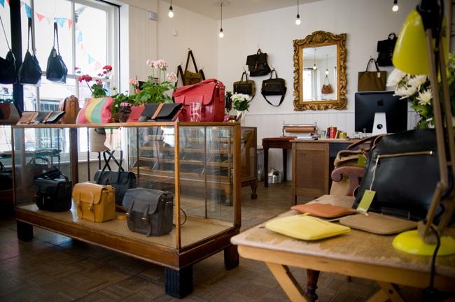 GGB2011_04JUNE_Fashion_MimiBags_02